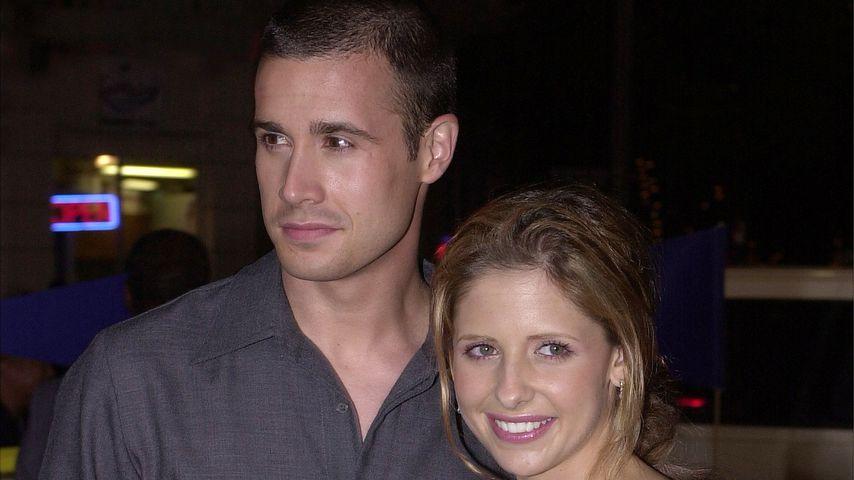 Freddie Prinze Junior und Sarah Michelle Gellar, 2001