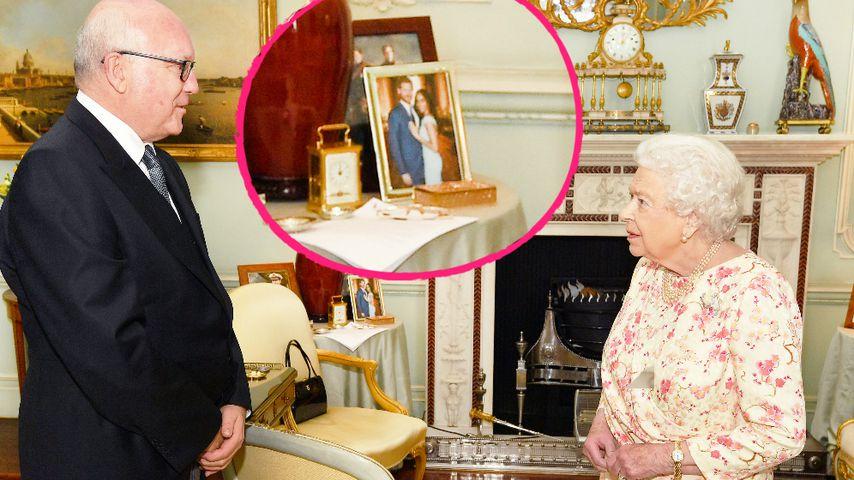 Im wohnzimmer der queen unbekanntes harry meghan pic for Wohnzimmer queen