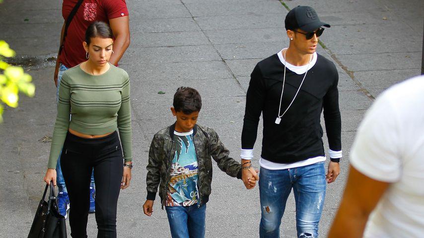 Rare Fotos! Cristiano Ronaldo mit Freundin Georgina erwischt
