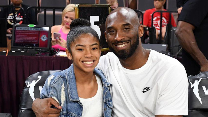 Gianna Bryant mit ihrem Vater Kobe im Juli 2019