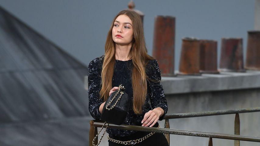 Gigi Hadid auf der Paris Fashion Week im Oktober 2019