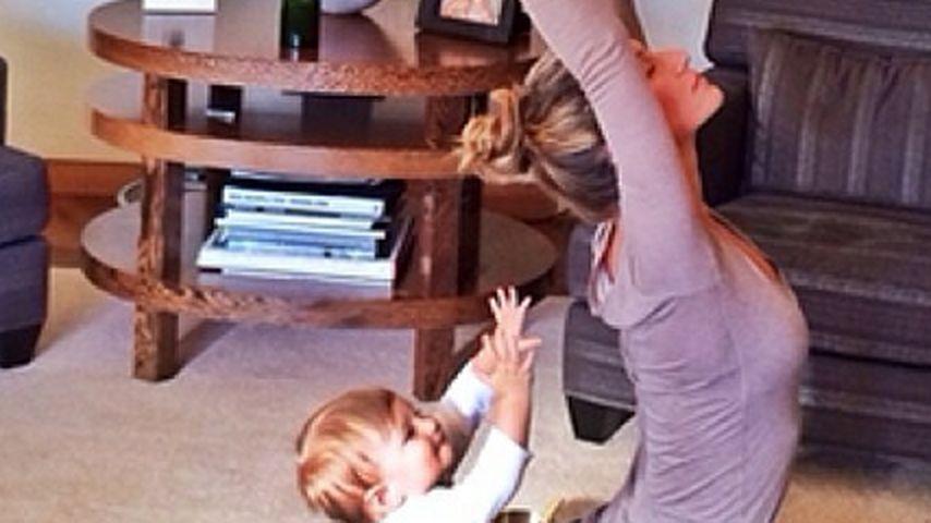 Wie süß! Gisele Bündchens Baby macht Yoga