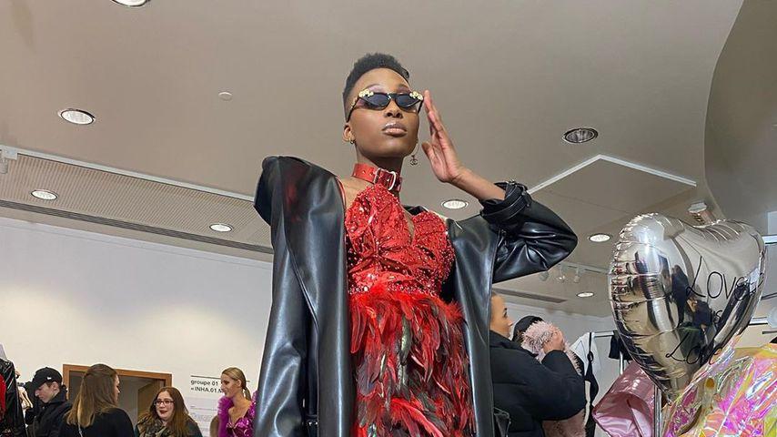 GNTM-Gewinnerin Toni Dreher-Adenuga auf der Paris Fashion Week