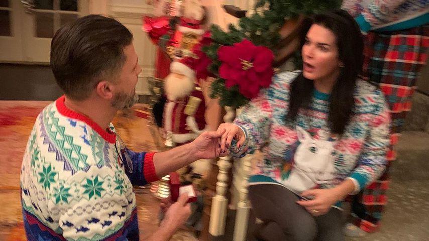 Greg Vaughan und Angie Harmon an Weihnachten 2019