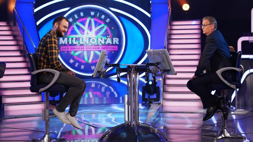 """Günther Jauch mit Niklas Bayer bei """"Wer wird Millionär?"""""""
