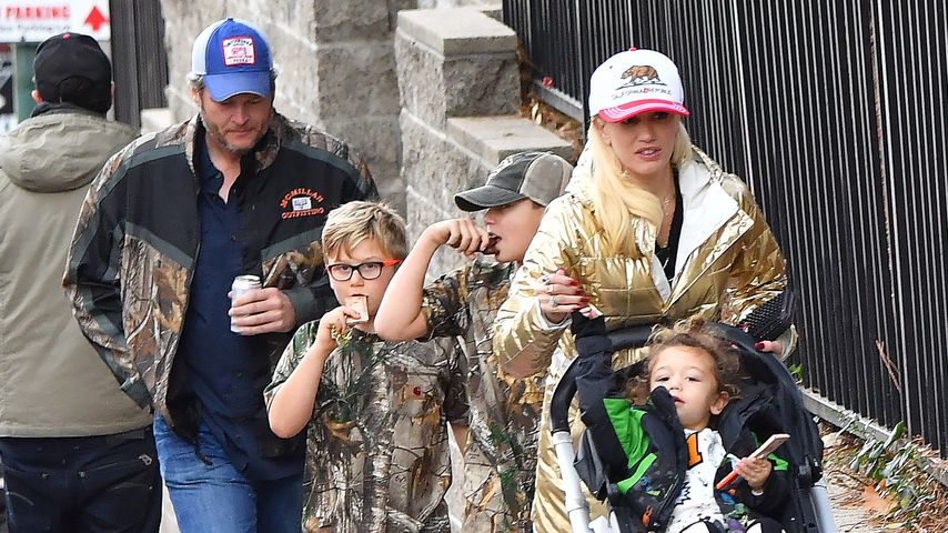 Gwen Stefani, Blake Shelton und Gwens Söhne Apollo, Zuma & Kingston in Los Angeles