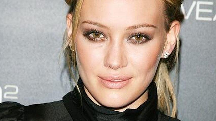 Beruf kommt vor Familie: Hilary Duff fühlt sich schuldig!