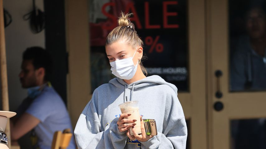 Hailey Bieber in Los Angeles