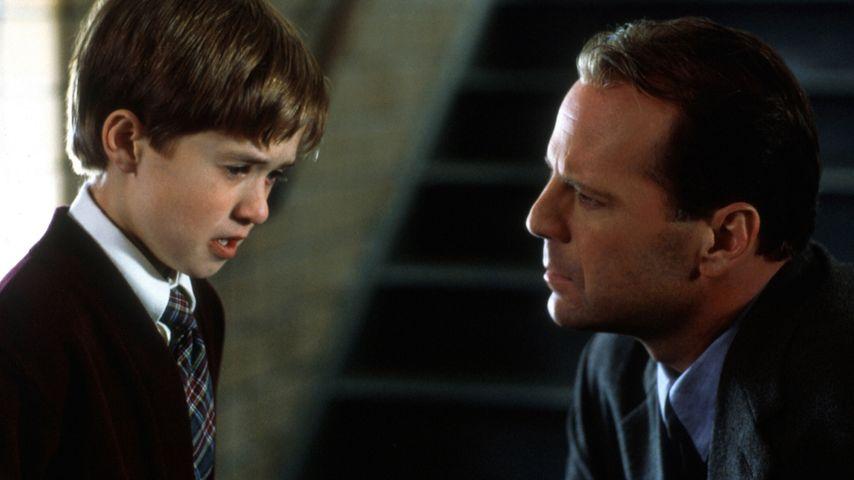 "Haley Joel Osment und Bruce Willis in ""The Sixth Sense"""