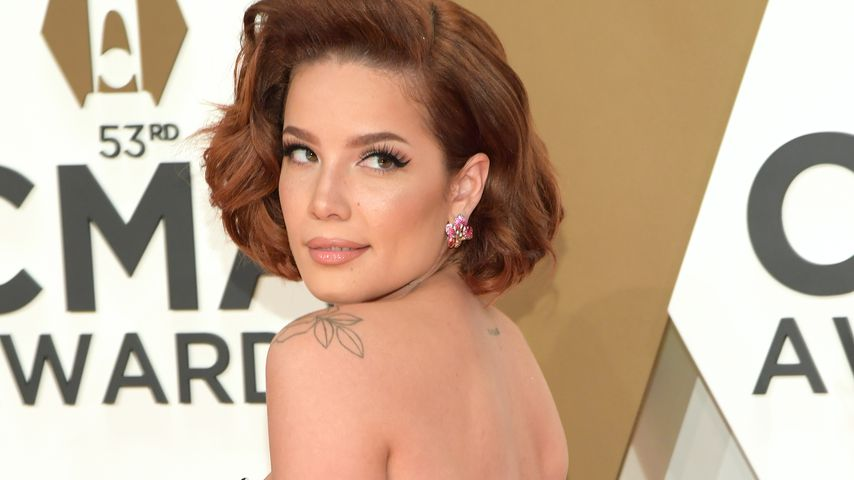 Halsey bei den CMA Awards, 2019