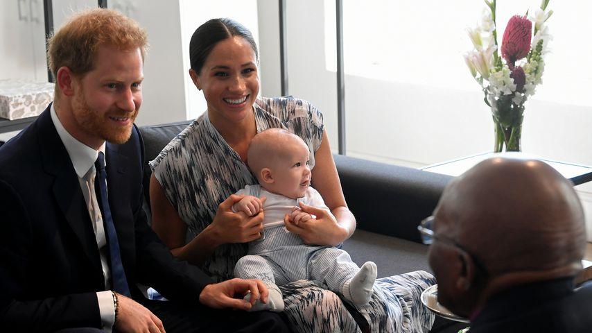 Prinz Harry, Herzogin Meghan und ihr Sohn Archie bei Bischof Desmond Tutu