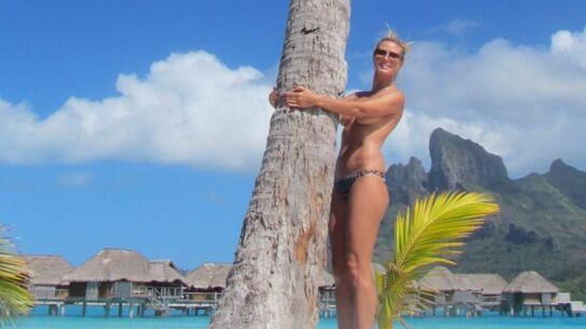 Oben ohne unter Palmen: Heidi Klum zieht blank