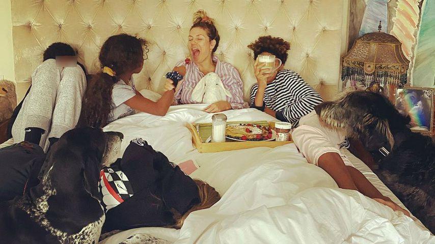 Heidi Klum mit ihren Kindern im Bett, 2020