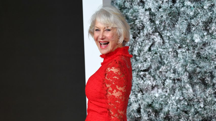 Lady in Red! Helen Mirren stiehlt allen die Schau