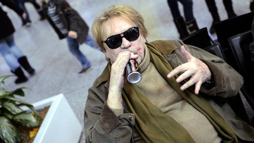 """Helmut Berger vor dem Abflug ins """"Dschungelcamp"""" im Januar 2013"""