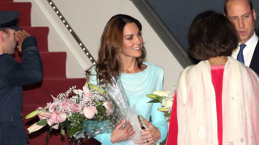 Herzogin Kate bei ihrer Ankunft in Pakistan, Oktober 2019