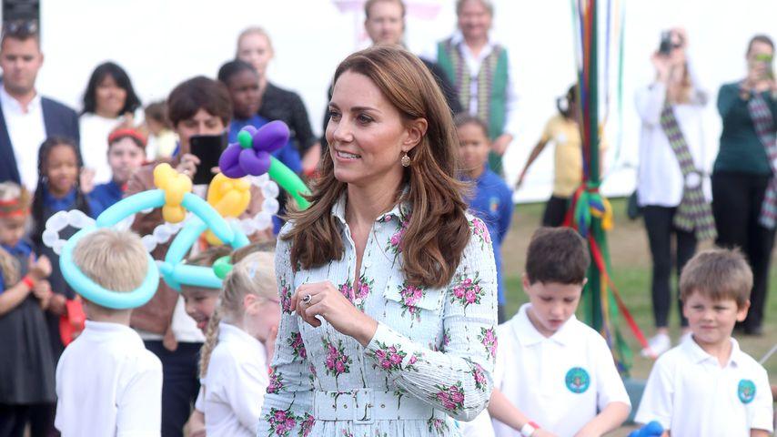 Zu altbacken? Herzogin Kate zeigt sich im Retro-Blumenkleid