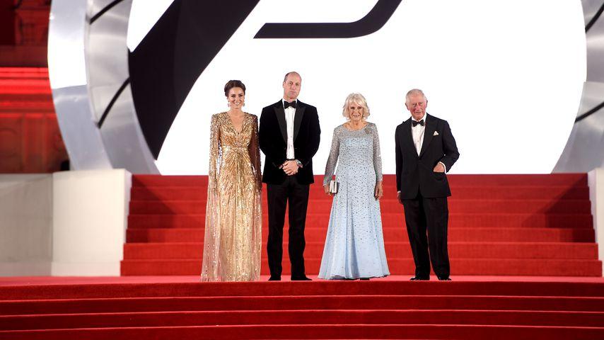"""Herzogin Kate, Prinz William, Herzogin Camilla und Prinz Charles bei der Weltpremiere von """"No Time T"""