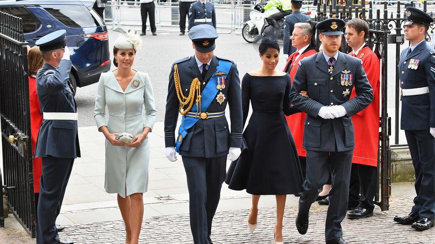 Wie ein Schutzschild: So setzen Royal-Ladys ihre Clutch ein