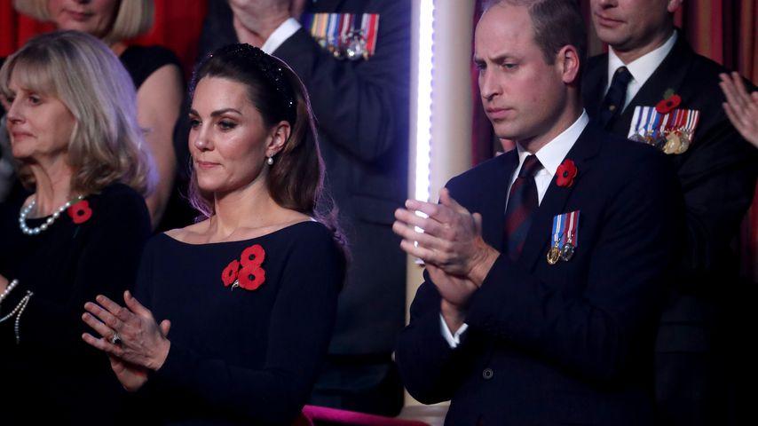 William und Kate im Publikum: Comedian nimmt sie auf den Arm