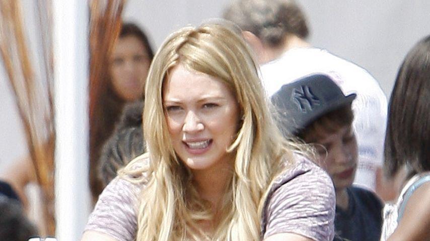 Vorbildlich: Hilary Duff radelt den Pfunden davon