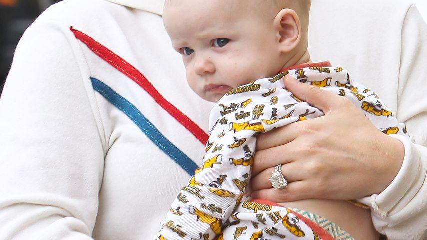 Zum Knuddeln: Hilary Duffs Sohn im süßen Outfit