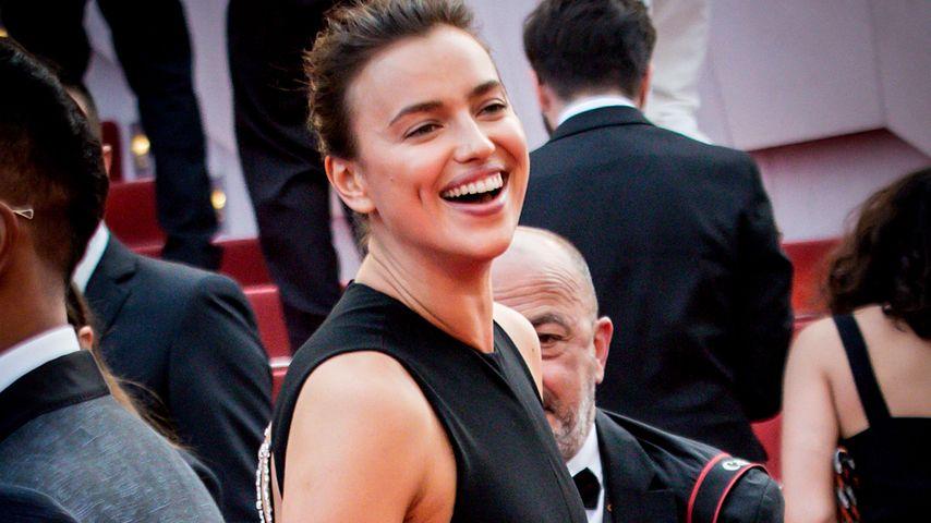 In Cannes: Versteckt Irina Shayk hier einen Baby-Bauch?