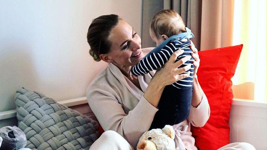 Iris Aschenbrenner mit ihrem Sohn, Februar 2020