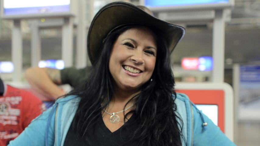 Iris Klein auf dem Frankfurter Flughafen