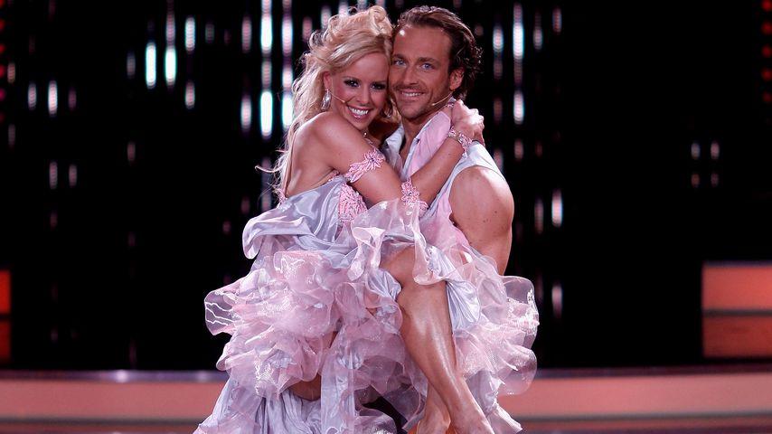"""Isabel Edvardsson und Tim Lobinger bei """"Let's Dance"""" 2011"""