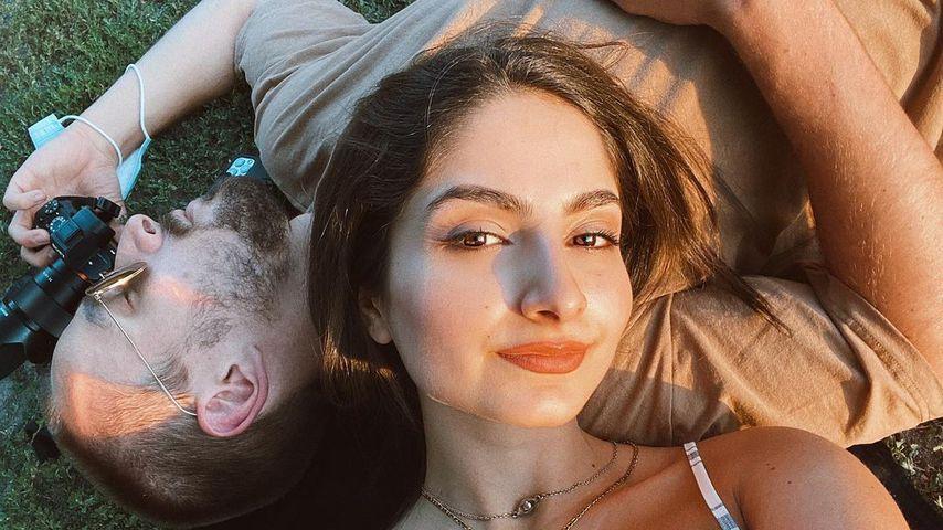 Ischtar Isik mit ihrem Verlobten Tommy im August 2020