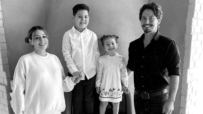 Schauspieler Jackson Rathbone mit seiner Familie