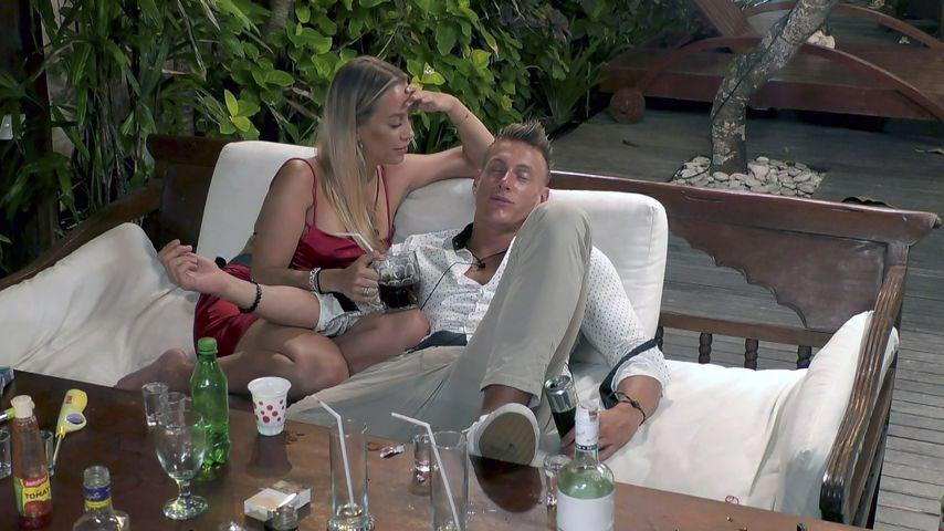 """Jacqueline Siemsen und Calvin Kleinen bei """"Temptation Island"""" 2020"""