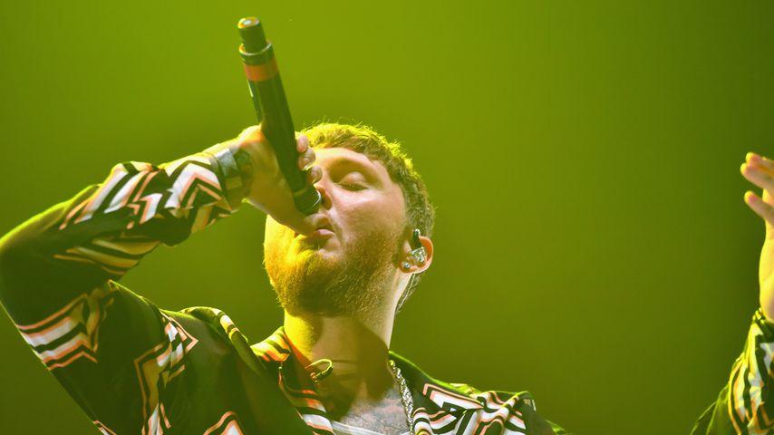 James Arthur auf der Bühne in der Manchester Arena