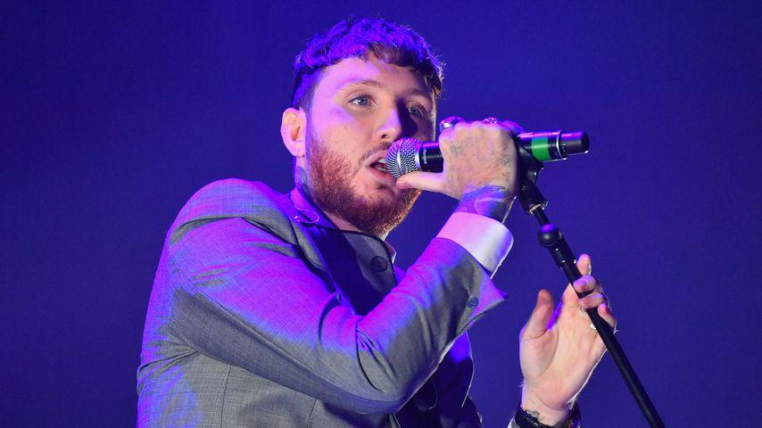 James Arthur bei einem Konzert in Manchester