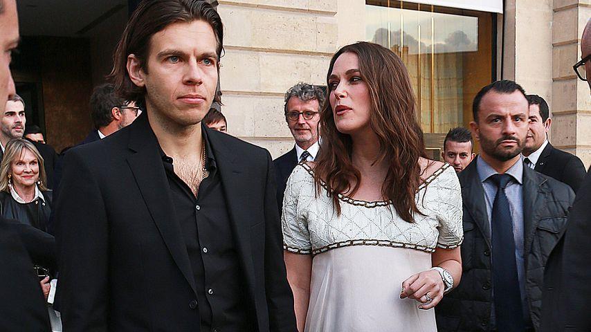James Righton und Keira Knightley in Paris 2019