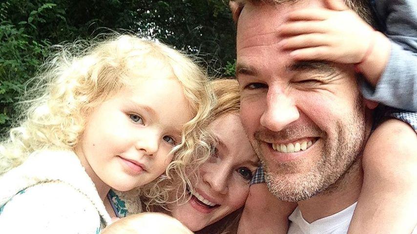 James Van Der Beek mit seiner Frau Kimberly und den Kindern
