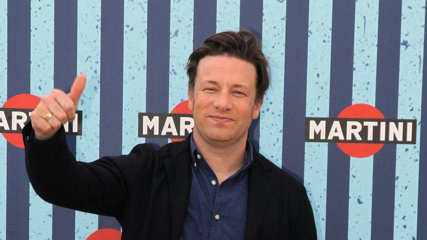 Streit ums Stillen: Adele wettert gegen Jamie Oliver!