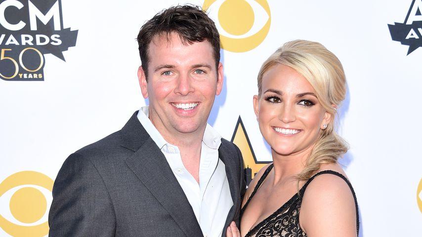 Jamie Watson und Jamie Lynn Spears bei den 50. Academy of Country Music Awards, 2015
