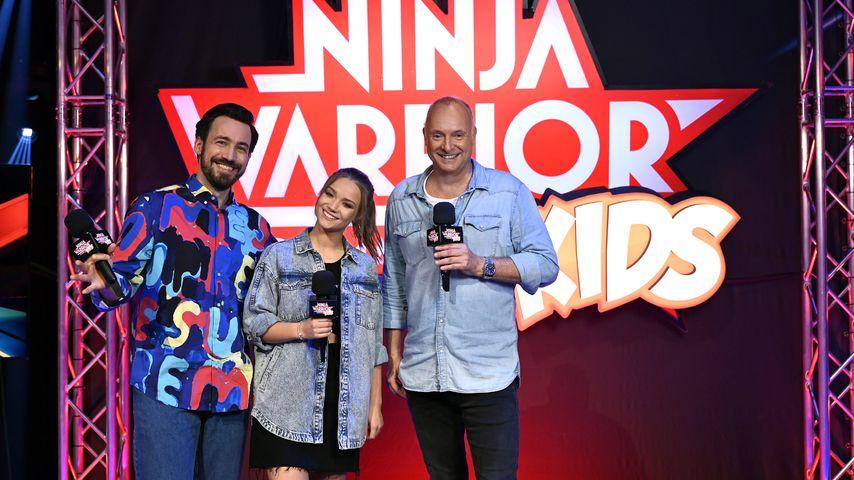 """Jan Köppen, Julia Beautx und Frank Buschmann bei """"Ninja Warrior Germany Kids"""""""