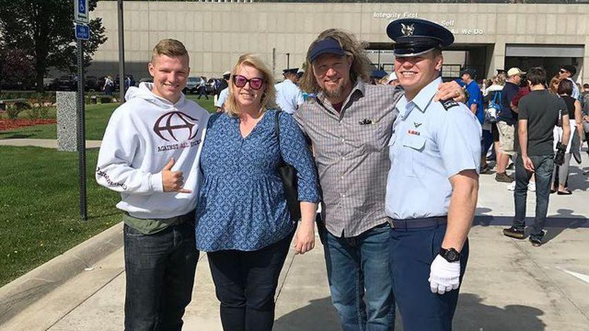 Janelle und Kody Brown mit ihren Söhnen Hunter und Robert