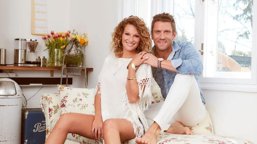 1. TV-Ausschnitte: Hier zeigen Janni & Peer das Babyzimmer!
