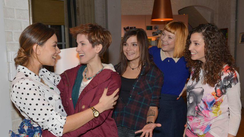 Nadine Menz, Janina Uhse, Ramona Dempsey, Isabell Horn und Linda Marlen Runge