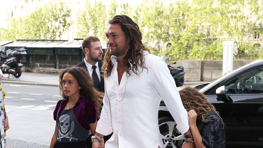 Jason Momoa mit seinem Kindern Lola und Nakoa beim Pre-Wedding-Dinner von Zoë Kravitz
