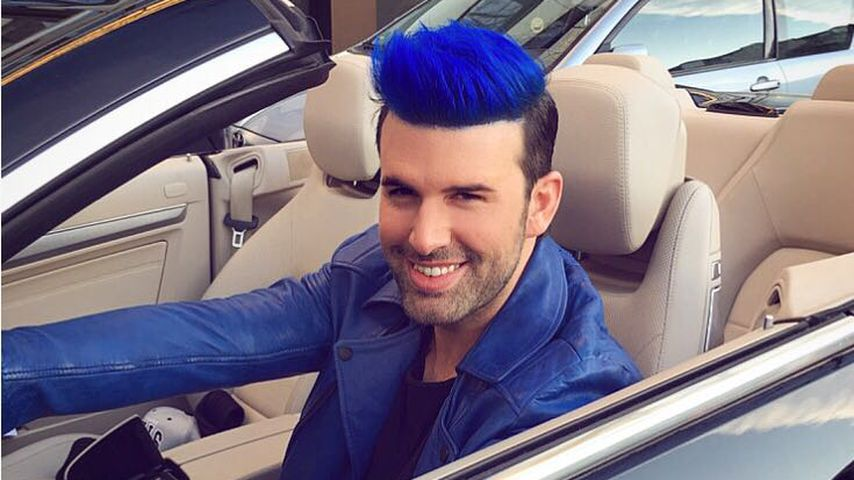 Schlumpfen-Look: Was ist mit Jay Khans Haaren los?