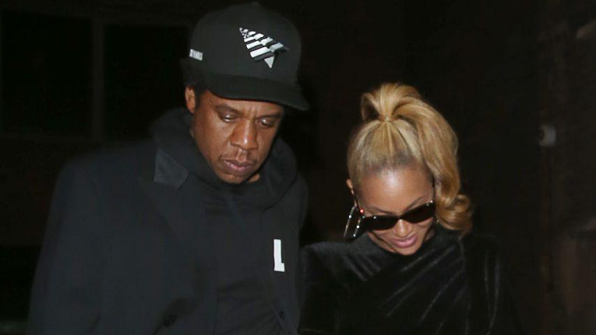 Konzert von Jay-Z & Beyoncé: Fan stürmt plötzlich die Bühne!