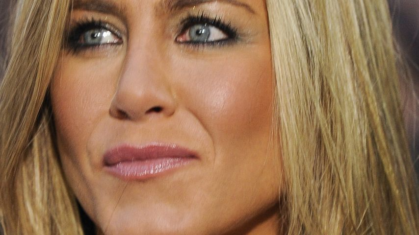Knauserig! Jen Aniston verschenkt Eier an X-mas