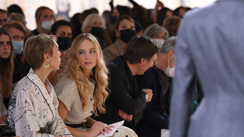 Jennifer Lawrence bei der Paris Fashion Week 2021