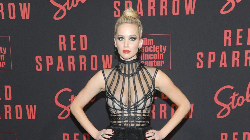 Busen-Offensive: Jen Lawrence megahot bei Filmpremiere!