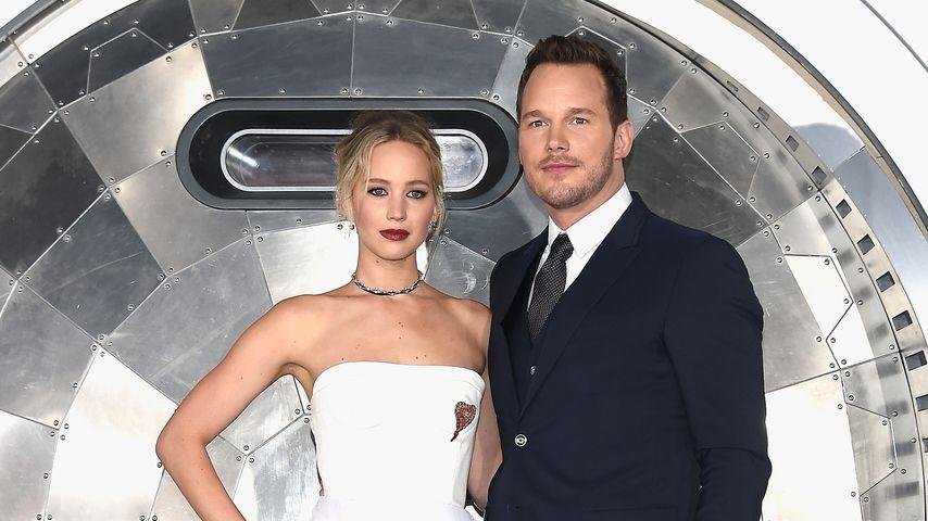 """Jennifer Lawrence und Chris Pratt auf der Premiere von """"Passengers"""" in Westwood, 2016"""